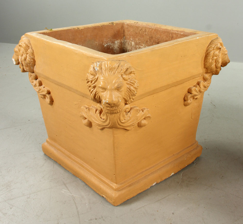 de drow in chill these large will gran planter pin terracotta planters