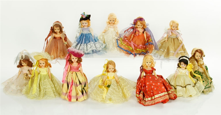 Lot of 12 Nancy Ann Dolls