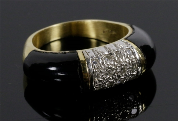 Ladies 18K Gold, Diamond and Onyx Ring
