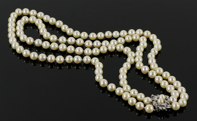 C1940s/50s Fine Double-Strand Pearl Necklace