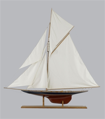 Scale Model of Americas Cup Valkyrie III