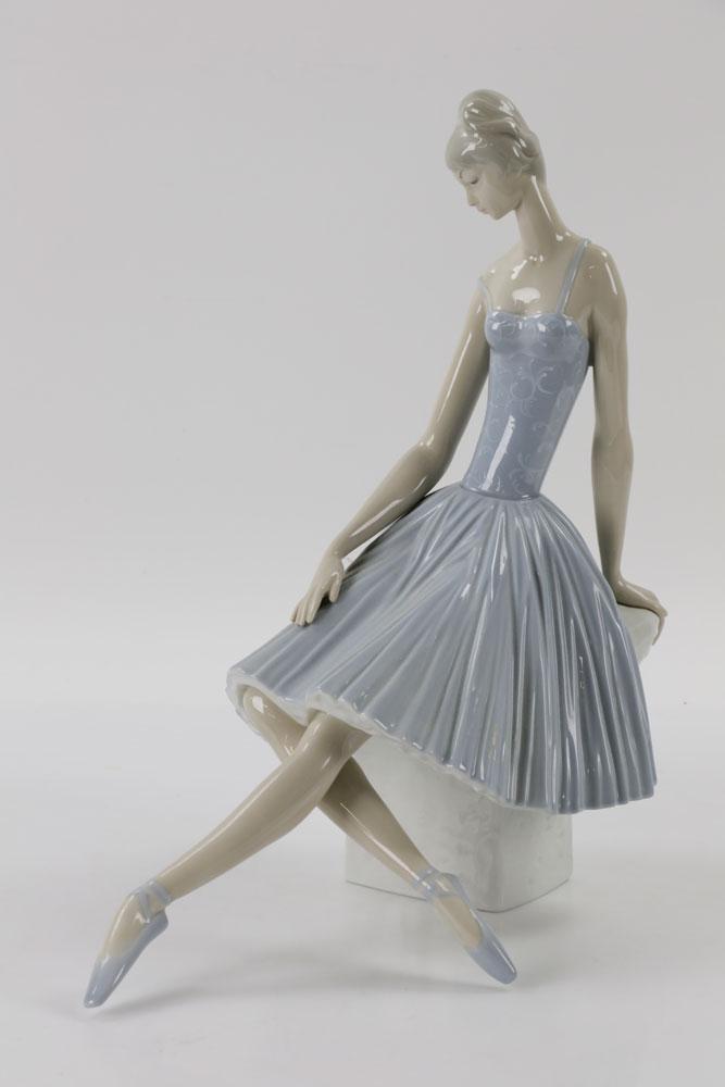Lot Detail - Lladro Ballerina #4559