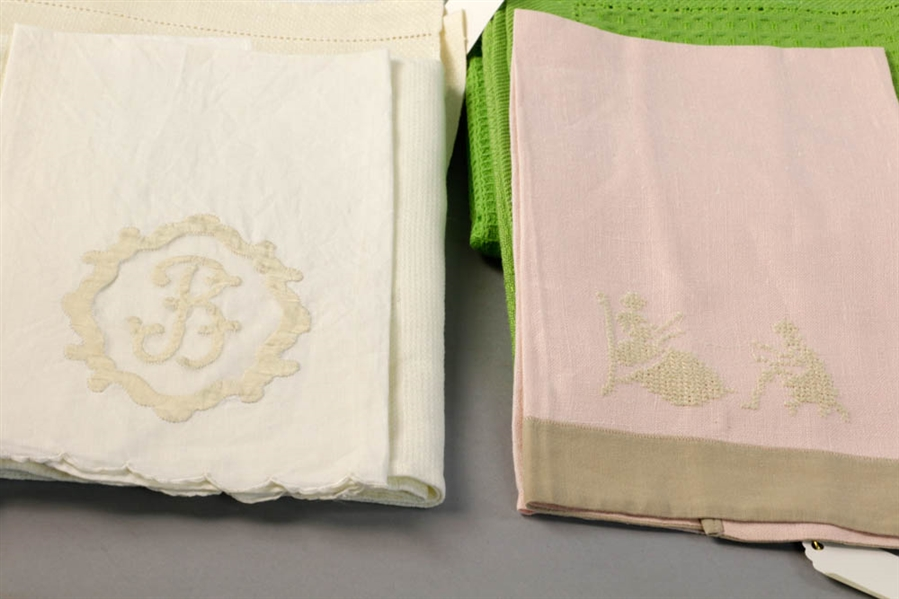 Lot Detail - Vintage Kitchen Towels
