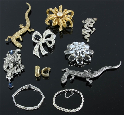 Ten Pieces of Costume Jewelry