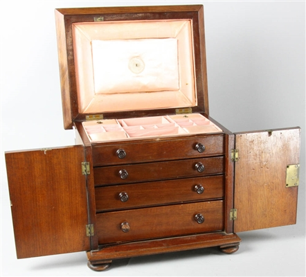 Fine Early 19thC Lift Top Jewelry Chest