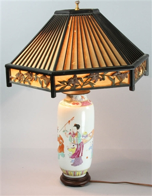 19thC Japanese Lamp with Shade