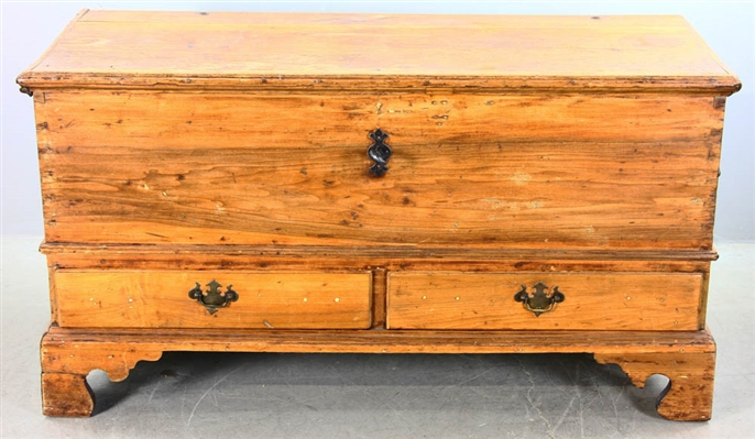 Early Lift Top Chest with Two Drawers