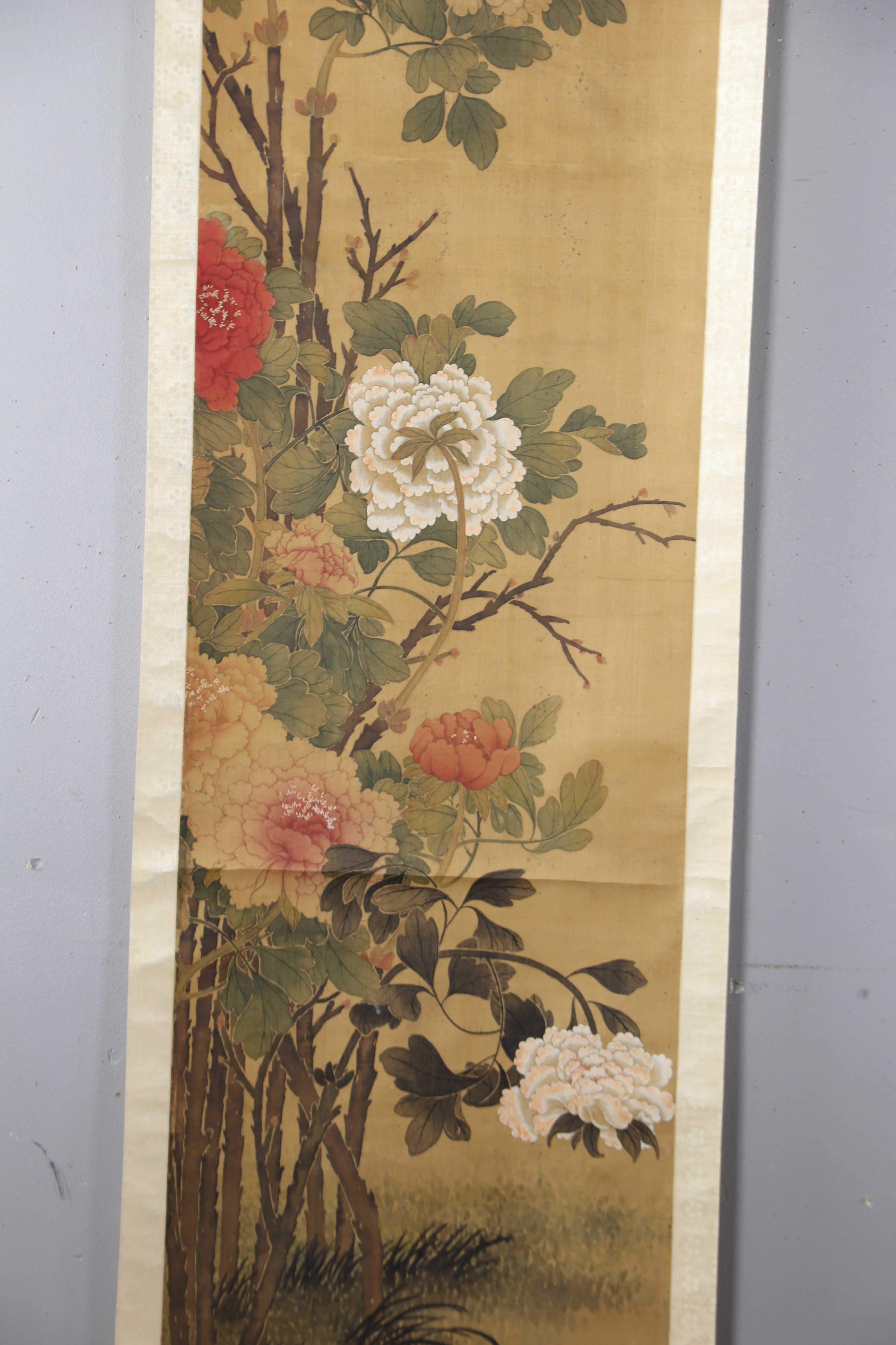 ANTIQUE CHINESE WATERCOLOR AND INK PAINTING SCROLL ON