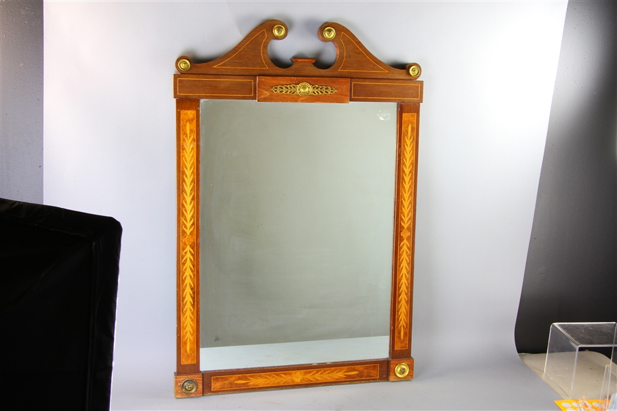 Federal Style Inlaid Mahogany Mirror