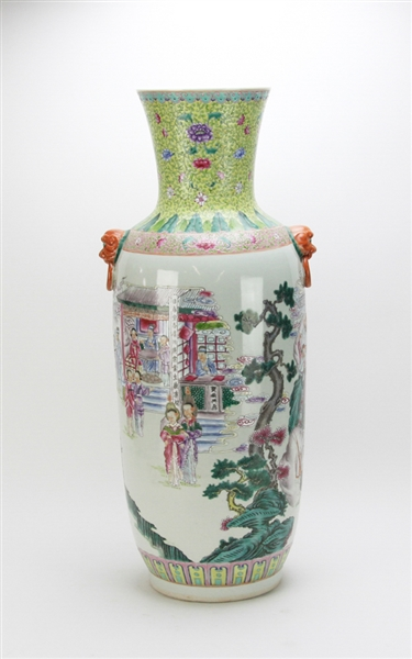 Large Late 19thC Chinese Famille Rose Vase