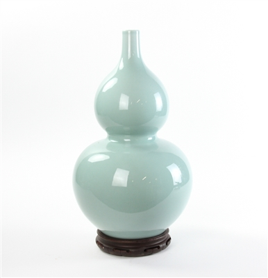 Chinese Light Green Double Gourd Vase
