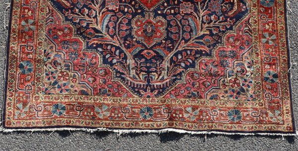 Antique Persian Sarouk Ferrahan Rug