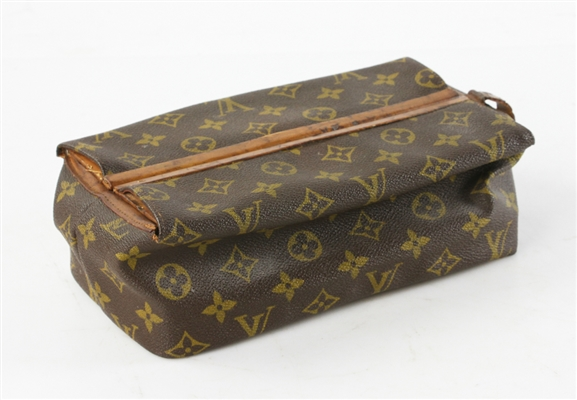 Louis Vuitton Vintage Dopp Kit