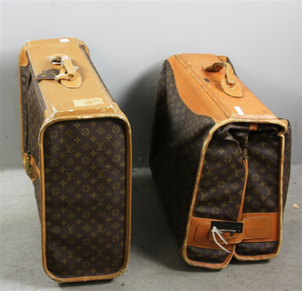 Two Pieces Louis Vuitton Luggage