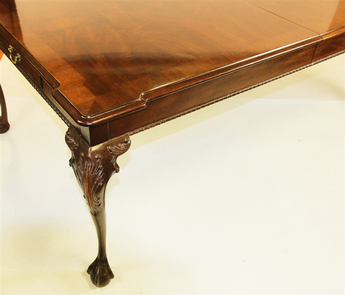 Henredon Chippendale Style Dining Table