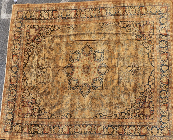 Antique Sultanabad Design Rug
