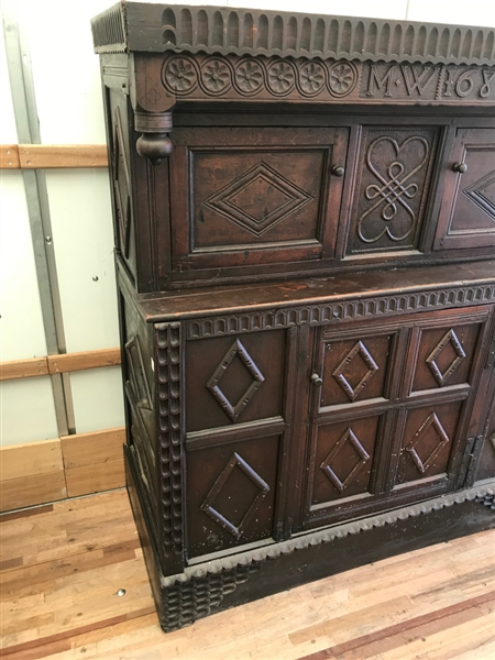 17thC American or English Court Cupboard