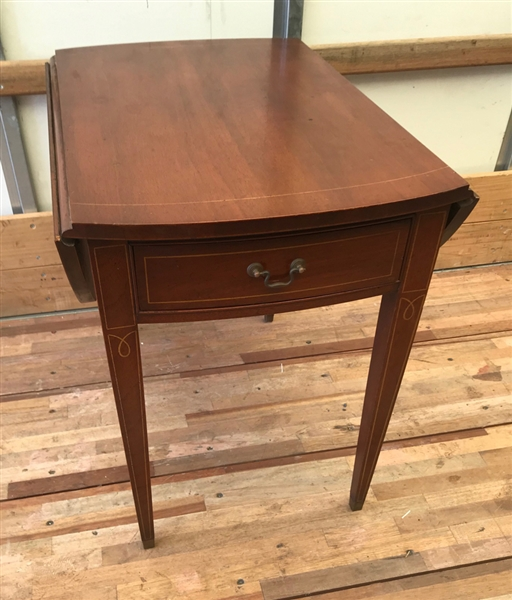 Federal Style Inlaid Mahogany Pembroke Table