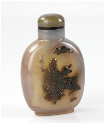 Carved Chinese Agate Snuff Bottle