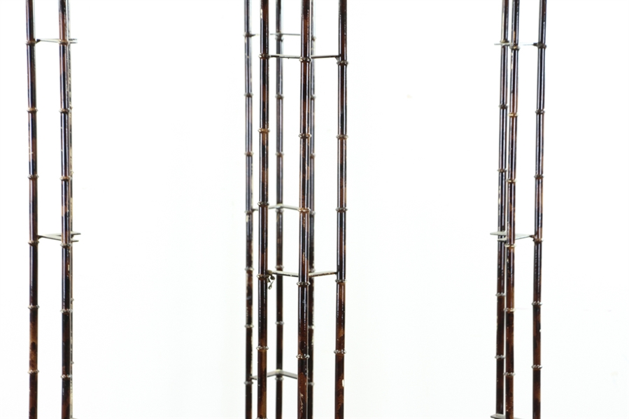 1950s Hollywood Regency Pagoda Shelf