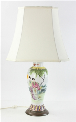 Chinese Republic Period Hand Decorated Lamp
