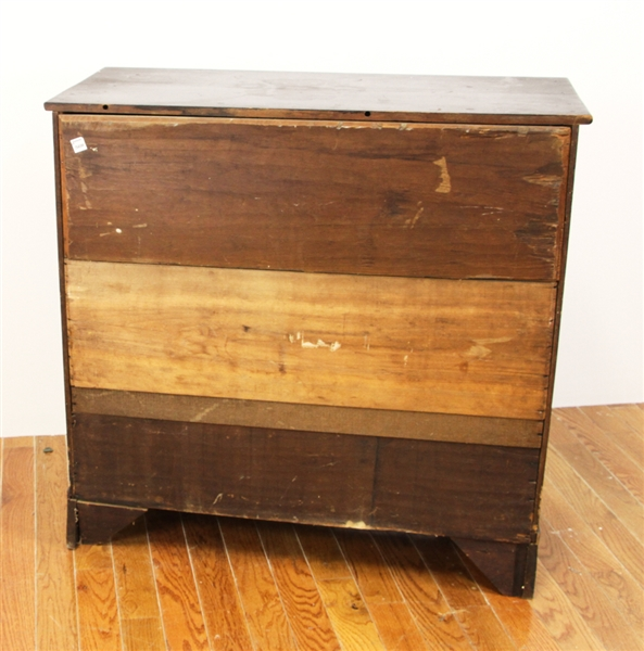 Early Chippendale Chest of Drawers