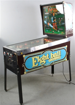 Bally Midway Eight Ball Champ Pin Ball Machine